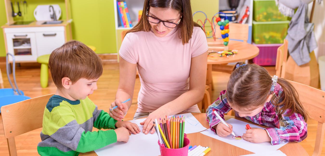 Kindertagespflegepersonen können ihre Buchhaltung auch ohne Steuerberater erledigen